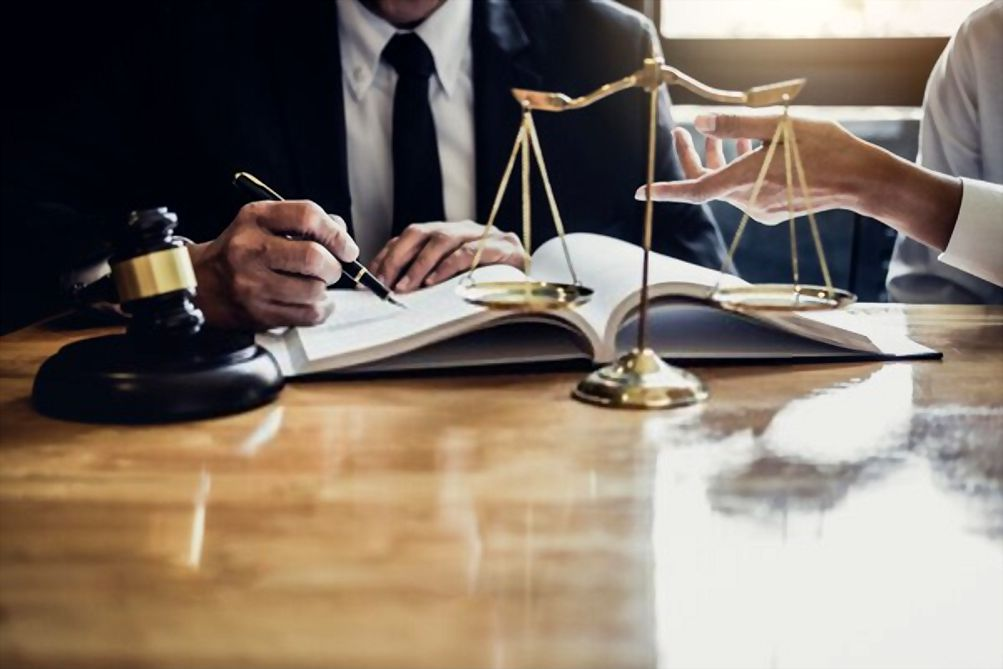 Skills That You Can Learn From Legal Advice Advocate - Lawyers Blog Vkeel